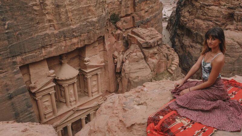 Lexie Alford in Petra, Jordanien.