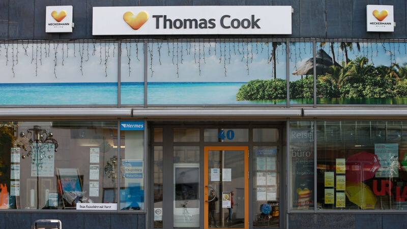 Thomas-Cook-Reisebüro in Magdeburg.